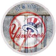 New York Yankees Top Hat Rustic Round Beach Towel