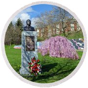 Newburgh's Dr. Martin Luther King Memorial Round Beach Towel