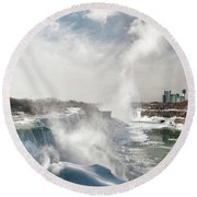 Round Beach Towel featuring the photograph Niagara Falls 4601 by Guy Whiteley