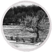 Round Beach Towel featuring the photograph Niagara Falls Ice 4514 by Guy Whiteley