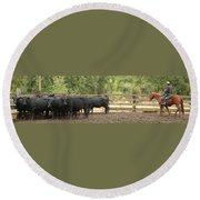 Nick Shipping Cattle Round Beach Towel