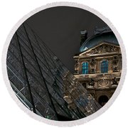 Night At The Louvre Round Beach Towel