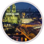 Night Falls Upon Cologne 1 Round Beach Towel