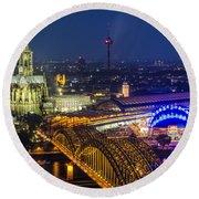 Night Falls Upon Cologne 2 Round Beach Towel