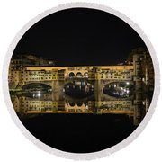 Night Reflections Of The Ponte Vecchio Round Beach Towel