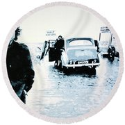 No Direction Home Round Beach Towel