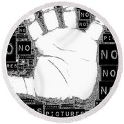 No Pictures Round Beach Towel