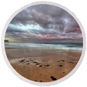 Nobbys Beach At Sunset Round Beach Towel