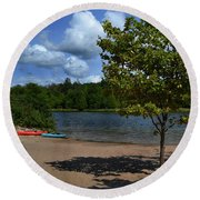 North Bar Lake Canoes Round Beach Towel