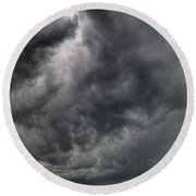 North Dakota Thunderstorm Round Beach Towel