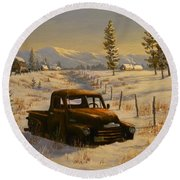 North Idaho Yard Art Round Beach Towel
