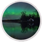 Northern Lights At Gull Lake Round Beach Towel