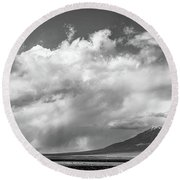 Northern Nevada Usa Round Beach Towel by Henri Irizarri