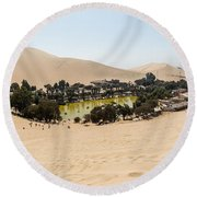Oasis De Huacachina Round Beach Towel