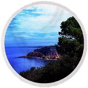 Round Beach Towel featuring the photograph Ocean Hill by Joseph Hollingsworth