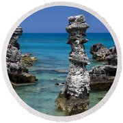 Ocean Rock Formations Round Beach Towel