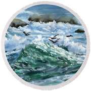 Ocean Waves And Pelicans Round Beach Towel