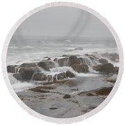 Ocean Waves Over Rocks Round Beach Towel
