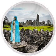 Official Greeter At Ireland's Quin Abbey National Monument Round Beach Towel
