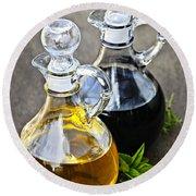 Oil And Vinegar Round Beach Towel