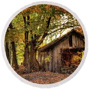 Old Autumn Shed Round Beach Towel