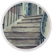 Old Brownstone Staircase Round Beach Towel