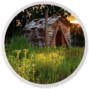 Old Cabin At Sunset Round Beach Towel by James Eddy