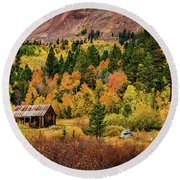 Old Cabin In Hope Valley Round Beach Towel