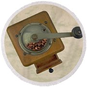 Old Coffee Grinder Round Beach Towel