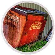 Old Coke Box Round Beach Towel