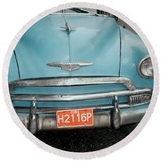 Old Havana Cab Round Beach Towel