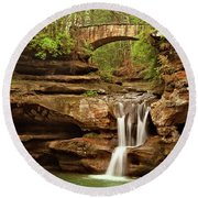 Old Mans Cave Round Beach Towel