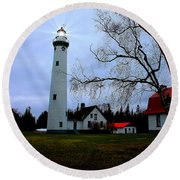 Old Presque Isle Lighthouse Round Beach Towel