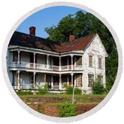 Old Shull Mansion Round Beach Towel