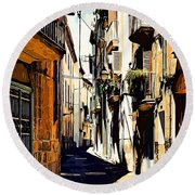 Old Spanish Street Round Beach Towel