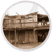 Old Stagecoach Stop Round Beach Towel