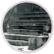 Old Stairs To Nowhere Round Beach Towel