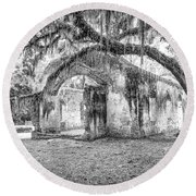 Old Tabby Church Round Beach Towel