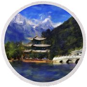 Old Town Of Lijiang Round Beach Towel