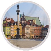Old Town Square Zamkowy Plac In Warsaw Round Beach Towel