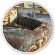 Old Truck In The Beach Round Beach Towel