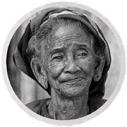 Old Vietnamese Woman Round Beach Towel