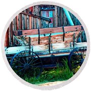 old Wagon In Bodie Round Beach Towel