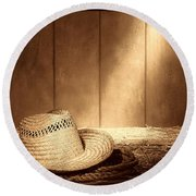 Old West Farmer Hat Round Beach Towel