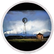 Old Windmill And Tank 2017 Round Beach Towel