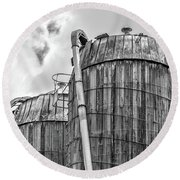 Old Wooden Silos Ely Vermont Round Beach Towel