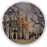 Olv Square On A Sunny Winter Afternoon Round Beach Towel