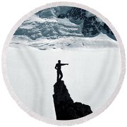 On Point Round Beach Towel