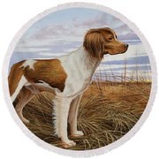 On Watch - Brittany Spaniel Round Beach Towel