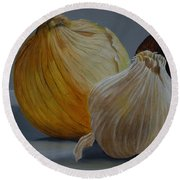 Onions And Garlic Round Beach Towel